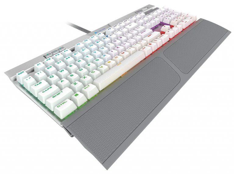 CORSAIR(コルセア)ゲーミングキーボード