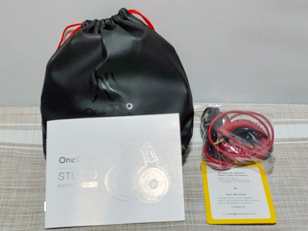 『OneOdio Pro-10』と付属品
